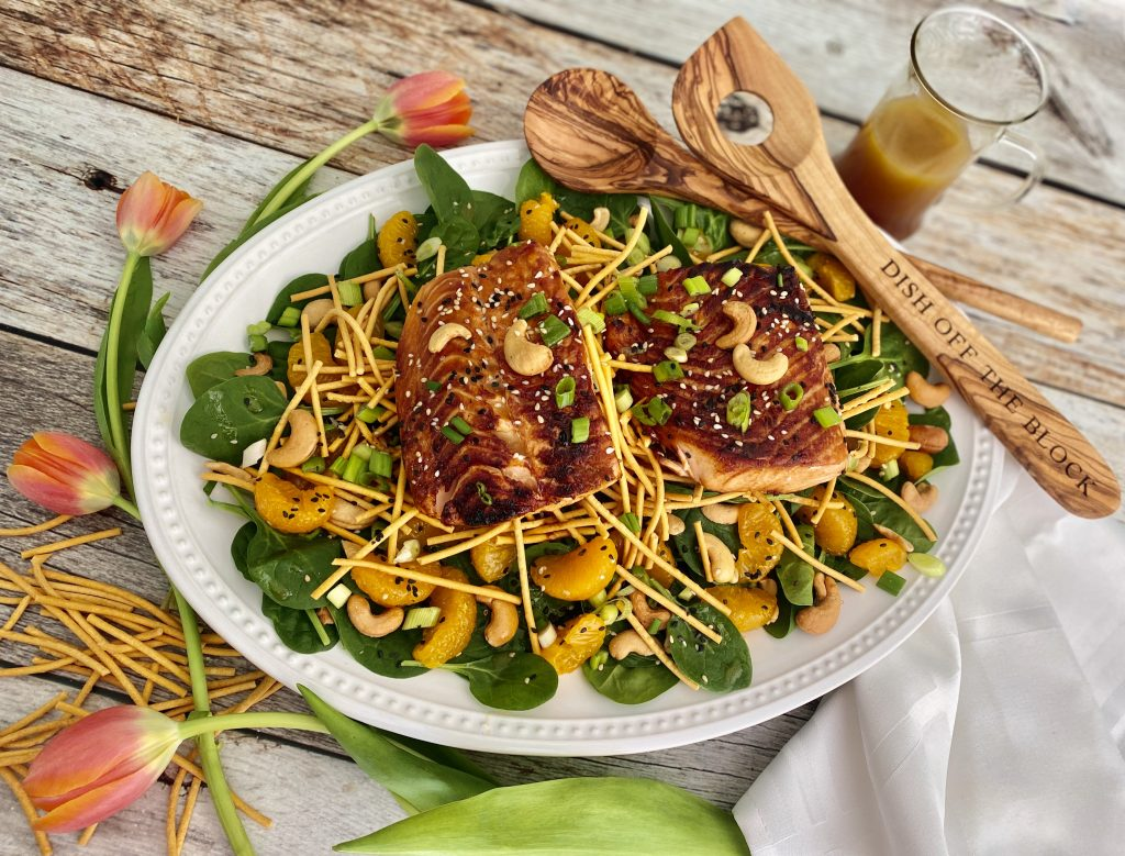 Maple Soy Salmon Salad with Spinach, Mandarin, Cashew